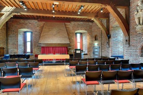Wapenzaal - Theater 2 (Medium)