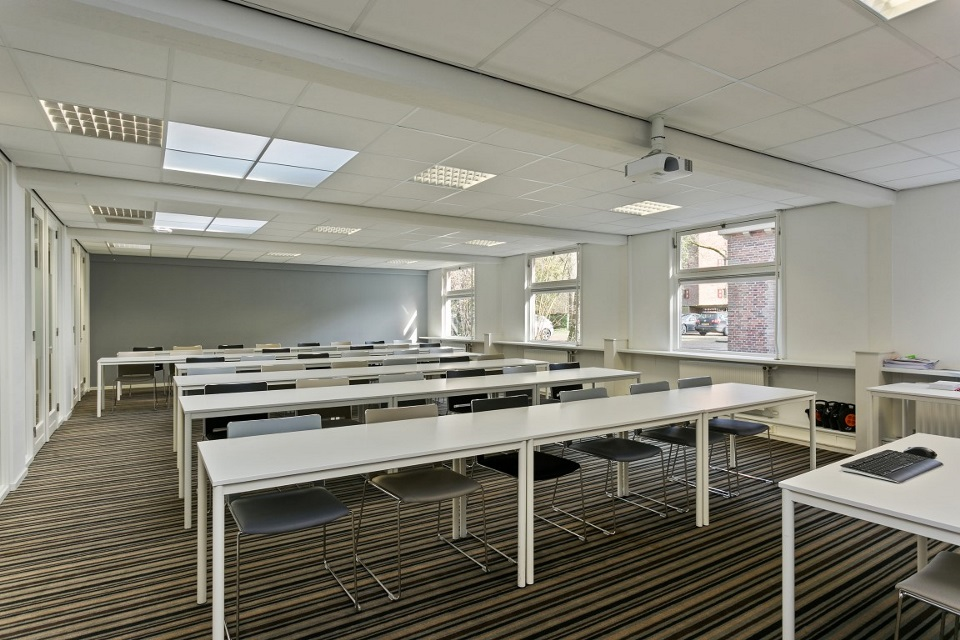 KHV collegezaal 1 (Medium)