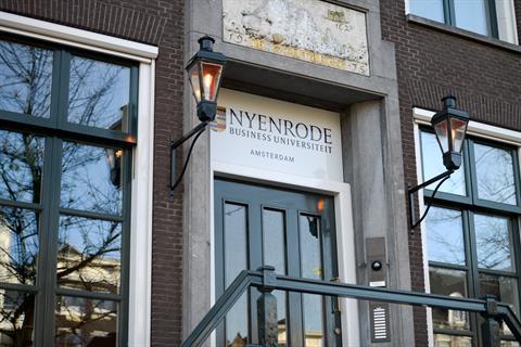 Nyenrode Amsterdam Entrance