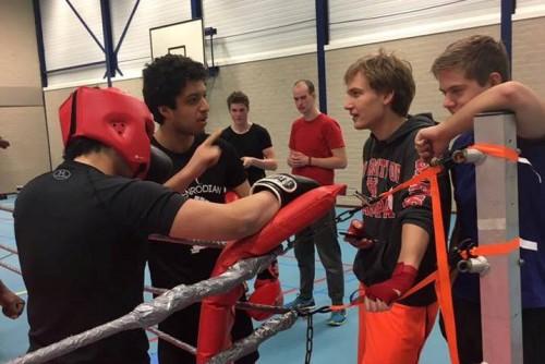 -content-presspage-com-uploads-865-500_boxing2-jpg