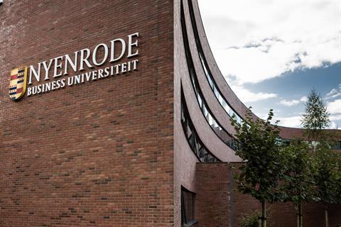 Nyenrode_HR-114