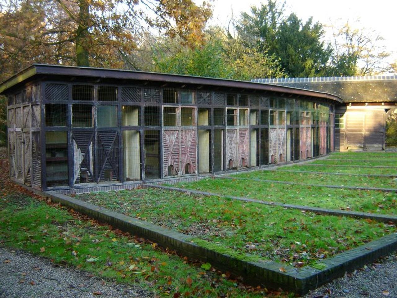 Stichting Nyenrode Fonds - Menagerie - Fazanterie, moderne foto (1)