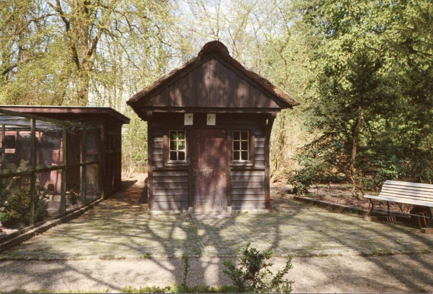 Stichting Nyenrode Fonds - Menagerie - Voederhuis, historische foto (1)