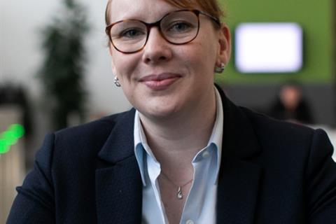 Nalatenschapscampagne - Maak een impact op uw alma mater met Stichting Nynrode Fonds in uw testament - Gayle van Beeten - testimonial